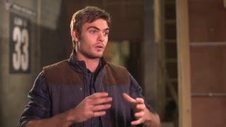 "The 5th Wave ""Evan"" On-Set Interview - Alex Roe"