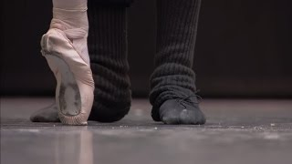 La Fille mal gardée (The Royal Ballet), Dancers in rehearsal