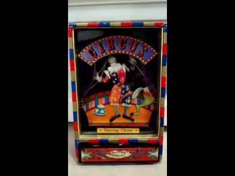 CIRCUS Dancing Clown Music Box 1970s