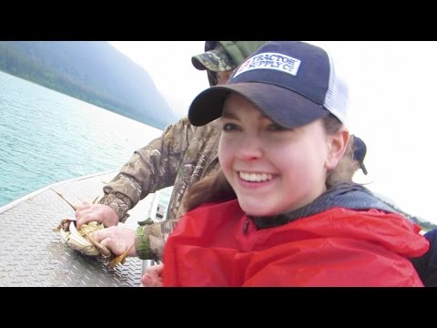 A WEEK IN ALASKA! Traveling, Crabbing, & Exploring