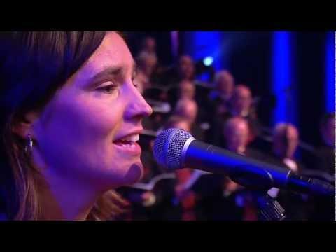 Gebed om zegen / Zegen mij op de weg | Sela live op Nederland Zingt-dag 2012
