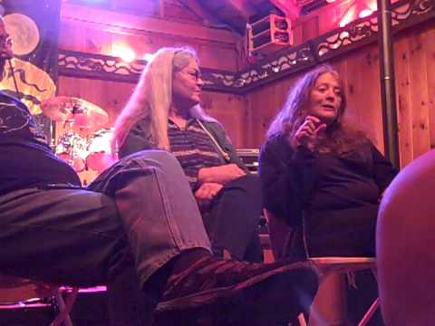 Touring with the Dead, Donna Godchaux, Betty Cantor Jackson 004