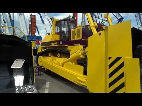 Russian largest bulldozer Chetra T40
