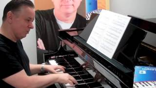 How to Play:Highly Strung by Christopher Norton from Microjazz Collection 3  | Piano Tutorial