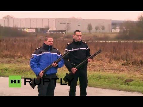 Полиция Парижа ведет охоту на братьев-исламистов Саида и Шерифа Куаши [Прямая трансляция]