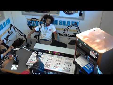 bE! #Live on KCRH 89.9 FM's #TheMidDayMixUp