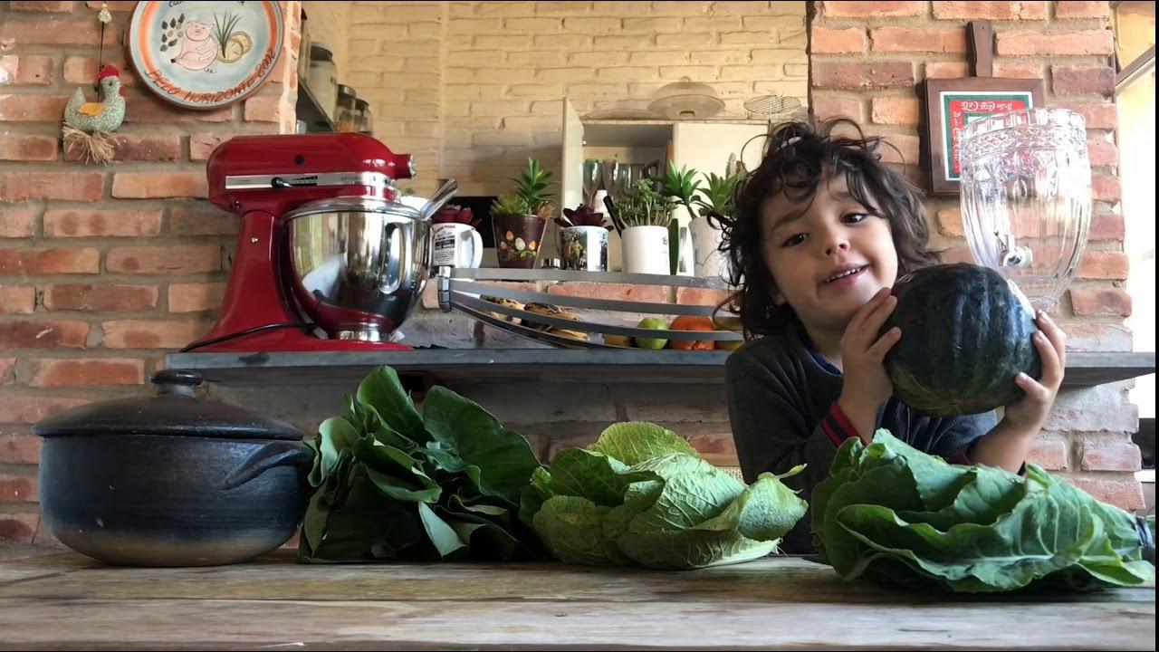 Apresento os legumes, mas não coma a taioba, pois crua é venenosa!
