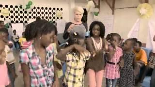 P!NK in Haïti with UNICEF