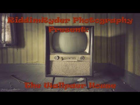 Abandoned Farm House Tour - ANTIQUES FOUND!