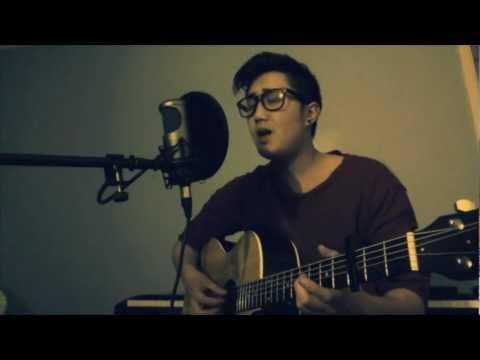Wonderwall - Oasis / Ryan Adams Acoustic Cover (Chords Included)