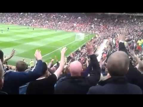 25/10/2015 - Man City fans at Old Trafford.
