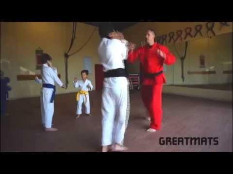 usa-karate-&-platinum-yoga-on-interlocking-karate-mats-and-crash-pads:-greatmats