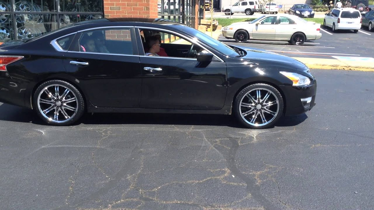 2014 nissan altima on 20 dcenti dw29 rims with 245 35 20. Black Bedroom Furniture Sets. Home Design Ideas