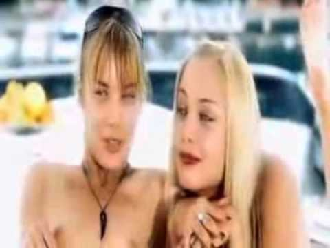 голые сестры арнтгольц фото