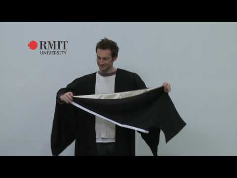 How to wear a Bachelor hood - RMIT University