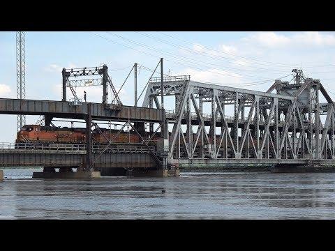 TRRS 532: BNSF's Fort Madison Swing Bridge