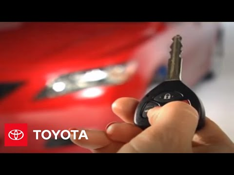 2007 - 2009 Camry How-To: Regular Key with Remote - Keyless Entry Overview | Toyota