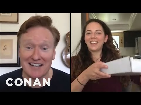 "conan-mails-sona-an-""employee-of-the-month""-award---conan-on-tbs"