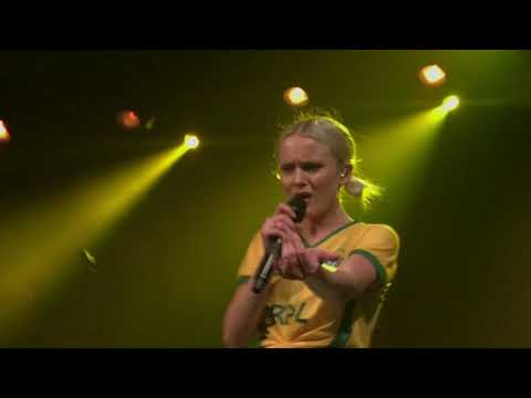 Zara Larsson - Don't Let Me Be Yours - Shape of You  in São Paulo Brazil at  Club