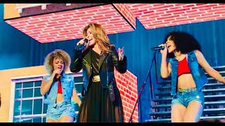 Shania Twain performs Honey, I'm Home at Rogers Arena in Vancouver ...