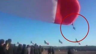 В Мексике солдата унесло на флаге во время торжественной церемонии