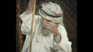 شلة فن الونة العمانية. أداء: الشاعر درويش بن مطر البادي. شلة فردية عمانية ابداع.