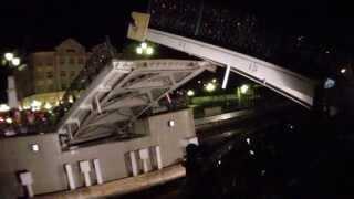 Разводка Юбилейного моста в Калининграде