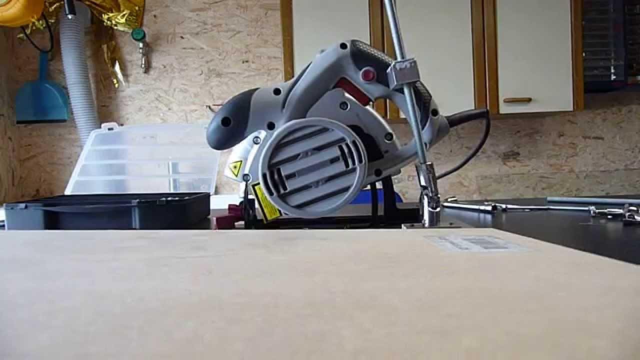 Ascenseur scie sous table youtube - Fabriquer une table pour scie circulaire ...