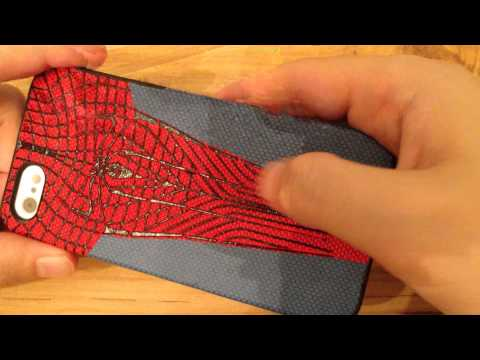 Close look at Amazing Spiderman iPhone 5 Case by Marvel