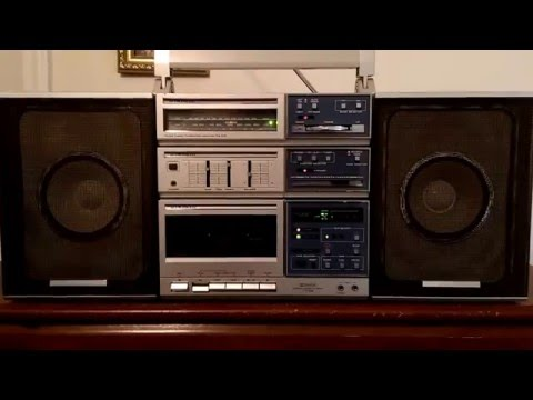 Pioneer CK-3 (1986) Playing Kenny G & Aaron Neville