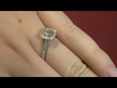 VR1034 0.75 Carat Vintage Halo Diamond Engagement Ring
