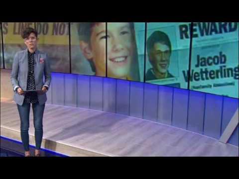 Critican a presentadora de noticias por usar irrespetuosos jeans ajustados thumbnail