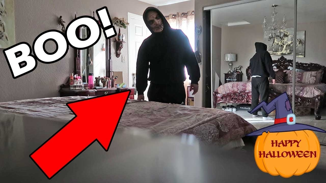halloween scare prank on sister fail *funny reaction* - youtube