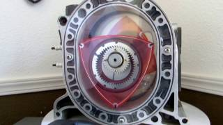 Kurt Robertson explains how a Rotary engine works