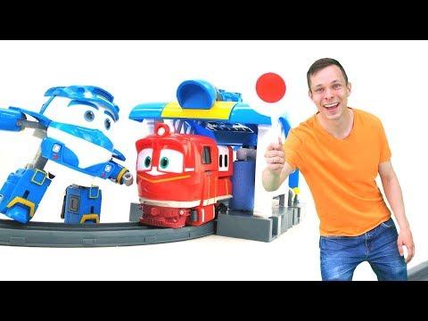 Роботы поезда — Игры для детей — Игрушки трансформеры уменьшились