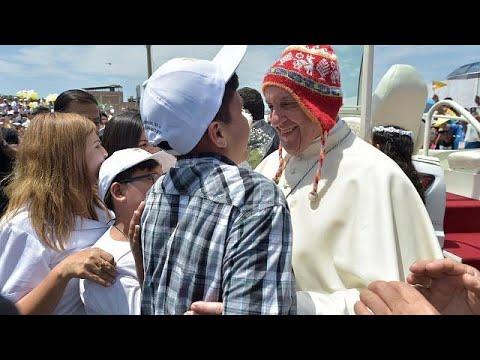 Papa relembra tragédias do `El Niño` em Trujillo