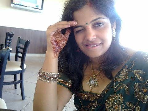 Beautiful desi hot girls and aunts slide show. thumbnail