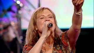 Hillsong Portuguese - Mighty To save songs