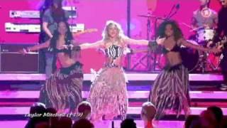 Shakira Waka Waka @ Bambi 2010 Live