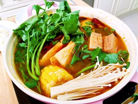 How to Cook Authentic Spicy Sichuan Hot Pot, CiCi Li