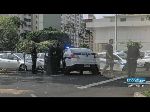 Witness steps in after officer was assaulted