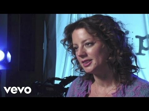 Sarah McLachlan - Interview (Clear Channel Stripped Raw and Real)