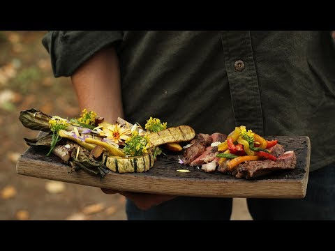 Grilled Fall Salad With Ribeye Steak [RECIPE]