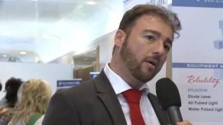 il dott. Adelmo Bucci allo stand Blue-Moon del SIME 2016