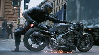 Download Fast and Furious: Hobbs and Shaw / Chase Scene (Bike Transformation) Mp3 and Videos