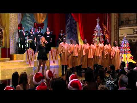 07 Joy To The World - Mariah Carey CHRISTMAS SPECIAL live