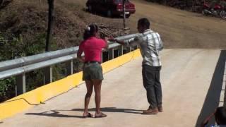 Baile inaugurando el puente de Chinampas