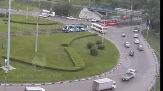 Трамвай протаранил автобус в Новокузнецке