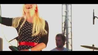 Блондинка Ксю и Элизиум - Супер робот (ArtPlay 17/07/2014)