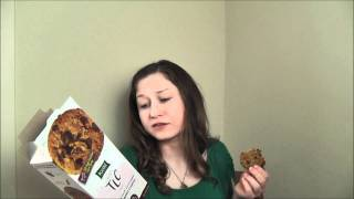 Cookie Review Vlog #10: Kashi Oatmeal Dark Chocolate Soft Baked
